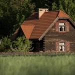 Dworskie-Czworaki-widok-z-zewnÄ…trz