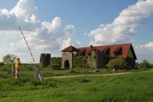 Jantarowy-Kasztel-widok-z-zewnÄ…trz-