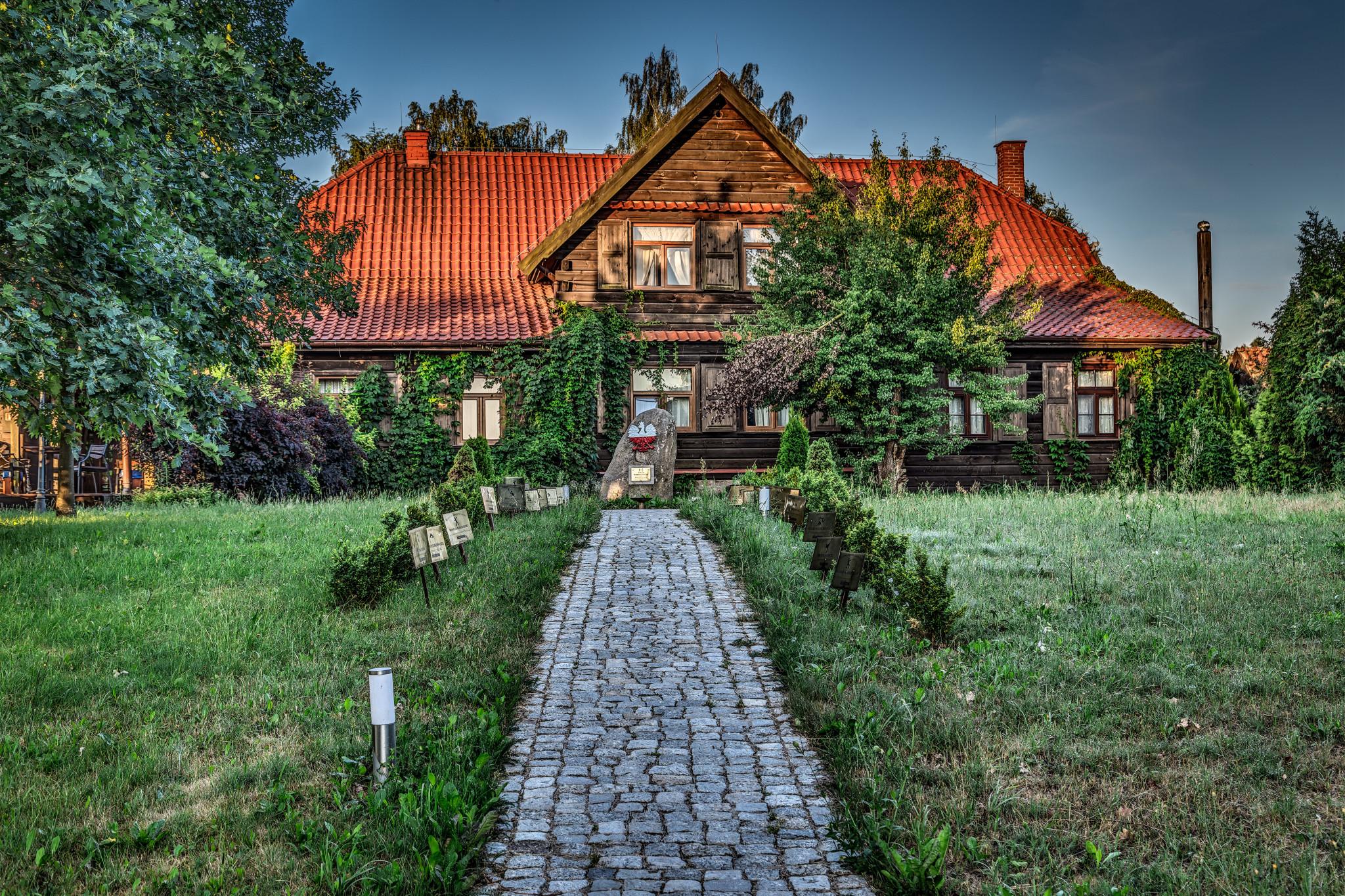 Kiermusy_Dworek_0013 Panorama